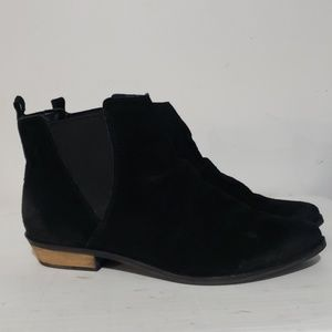 Naughty Monkey Black Suede Ankle Boots Sz 8